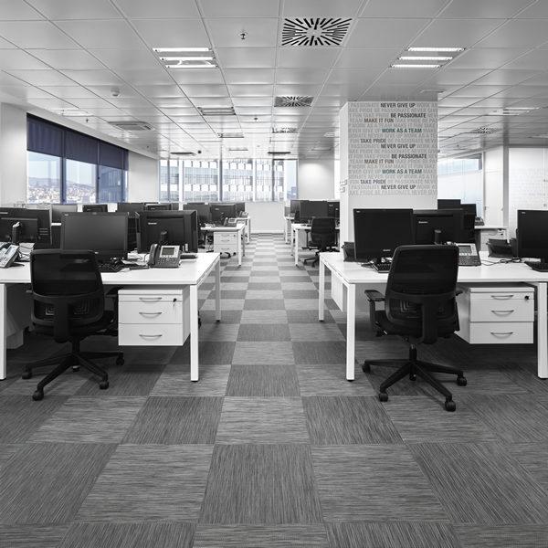Proyectos realizados ago construcciones - Oficinas europcar madrid ...